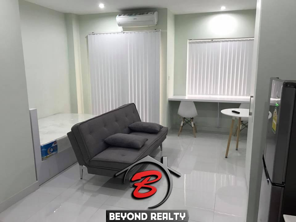 condo with swimming pool, apartment in Phnom Penh, condo for rent, apartment for rent, seating area, working desk, bedroom, sofa