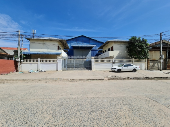 the warehouse for rent in Mean Chey in Phnom Penh