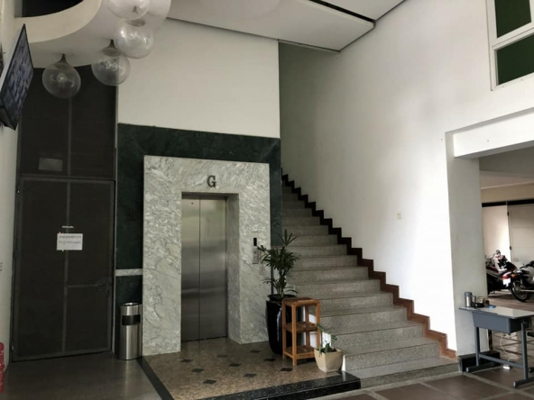 spacious 2-bedrooms serviced condo for rent in Russian Market Toul Tom Pong 1 Phnom Penh