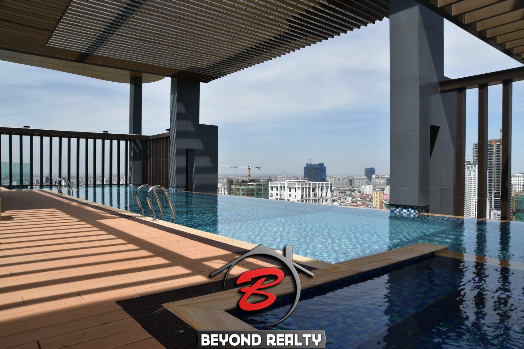 the swimming pool of the luxury serviced apartment for rent in BKK1 in Phnom Penh Cambodia