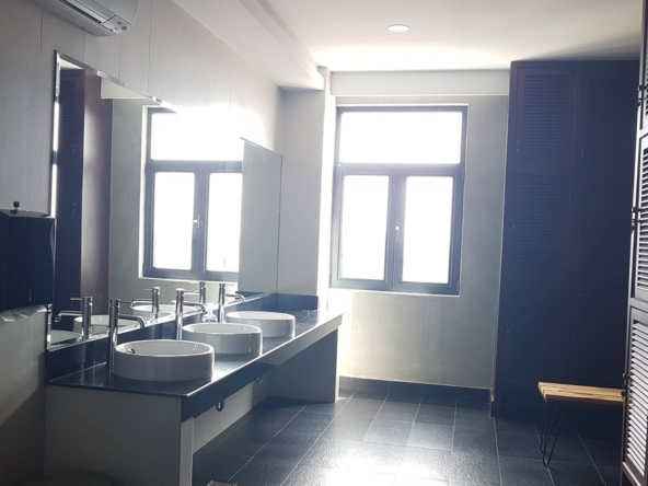the public showers of the luxury serviced condo in Sangkat Srah Chak in Phnom Penh Cambodia