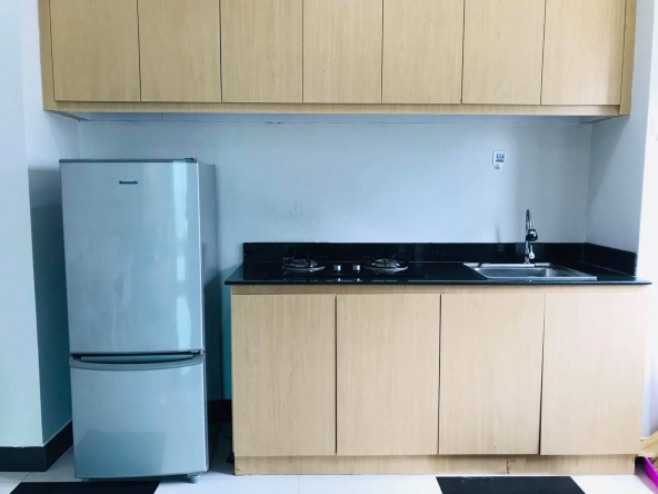 well furnished 43 sqm 1-bedroom apartment for rent in Toul Tom Pong Russian Market in Phnom Penh Cambodia (3)