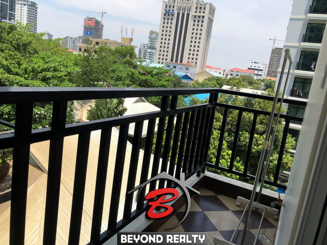 the balcony of the 1br apartment for rent in Tonle Bassac Phnom Penh Cambodia