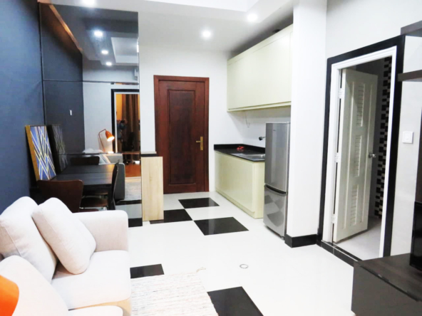 1br flat for rent in Toul Tom Poung Russian Market Phnom Penh Cambodia (1)