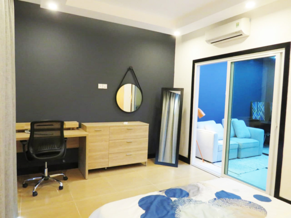 1br flat for rent in Toul Tom Poung Russian Market Phnom Penh Cambodia (4)