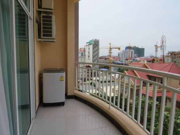 1br flat for rent in Toul Tom Poung Russian Market Phnom Penh Cambodia (5)