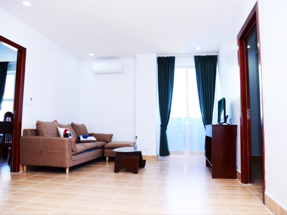 1br serviced apartment for rent in Toul Tom Poung near Mao Tse Boulevard in Phnom Penh Cambodia (1)