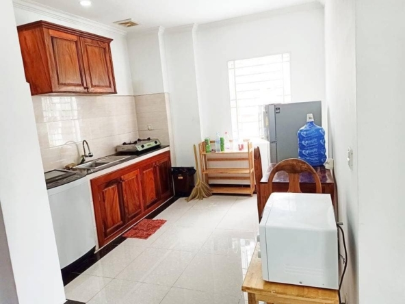 1br serviced flat for rent in Toul Tom Poung Phnom Penh Cambodia (2)