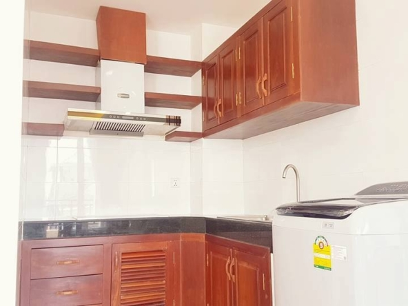 2-bedroom spacious serviced apartment rental in Toul Tom Poung (10)