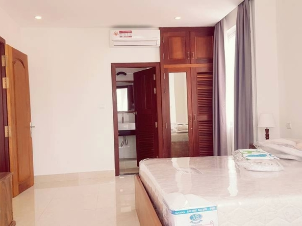 2-bedroom spacious serviced apartment rental in Toul Tom Poung (7)