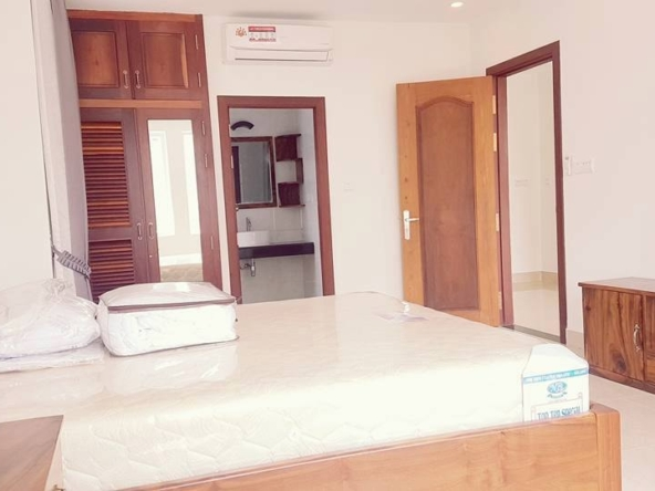 2-bedroom spacious serviced apartment rental in Toul Tom Poung (9)