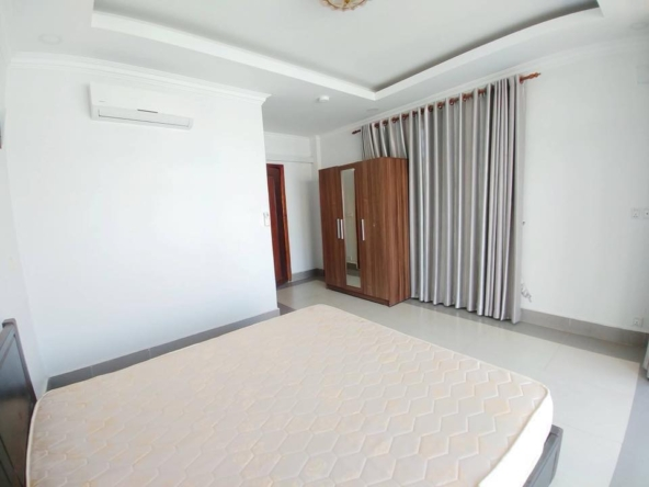 2br flat for rent in Toul Svay Prey near Toul Tom Poung and BKK3 in Phnom Penh Cambodia (8)