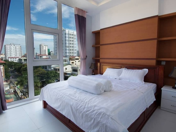 2br serviced flat for rent in Toul Tom Poung Phnom Penh Cambodia (4)