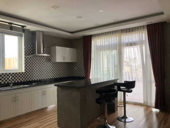 3-bedroom penthouse serviced apartment for rent in Tonle Bassac Phnom Penh Cambodia (3)