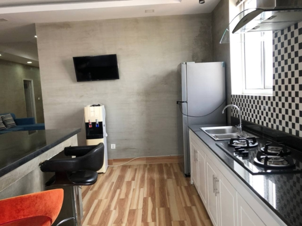3-bedroom penthouse serviced apartment for rent in Tonle Bassac Phnom Penh Cambodia (4)