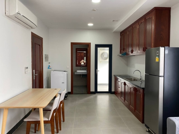 the kitchen of the the studio serviced apartment for rent in Tonle Bassac Phnom Penh Cambodia
