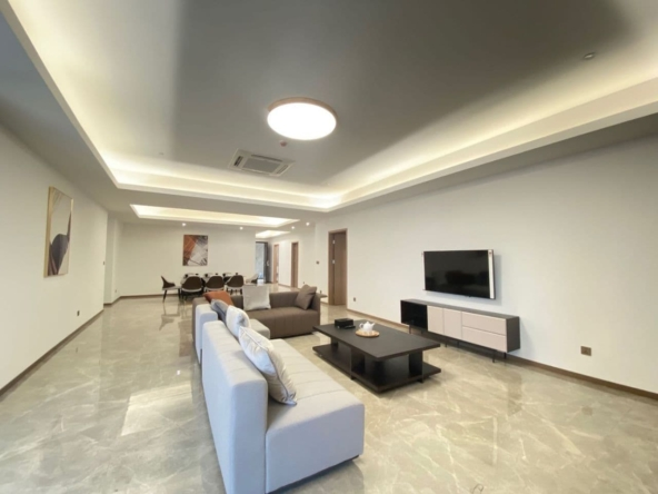 3-bedroom luxury spacious serviced flat for rent in Veal Vong 7 Makara Phnom penh Cambodia (9)