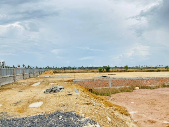 land for sale near Kampot Train Station in Krong Kampot Cambodia (1)
