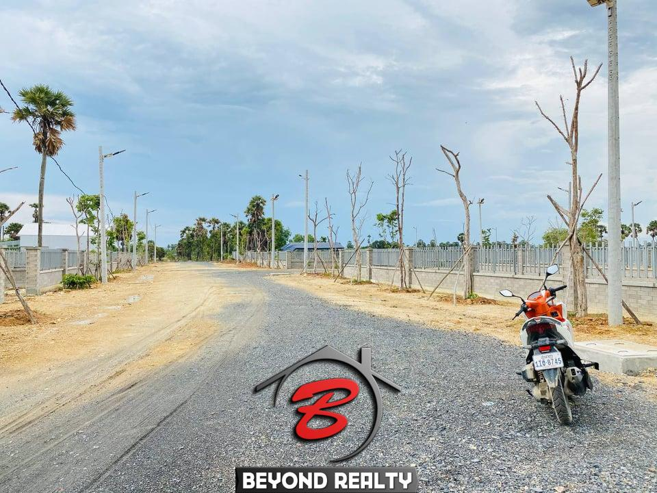 the road near the land for sale near Kampot Train Station in Krong Kampot Cambodia