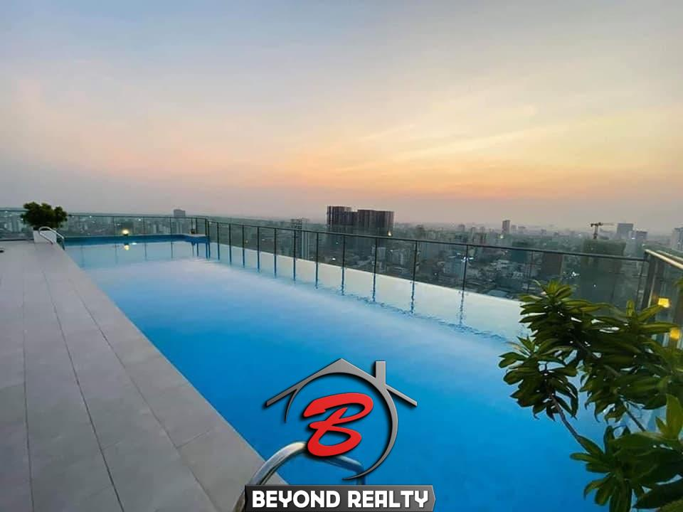 the swimming pool of the apartment rental at st 63 in Tonle Bassac Phnom Penh