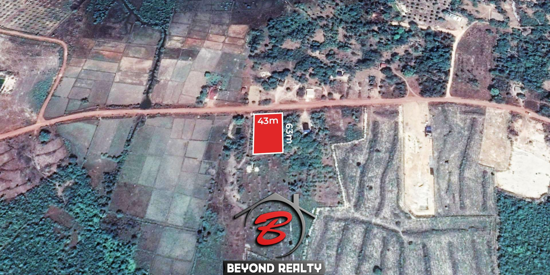the layout to the satellite image of the vacant land plot for sale in Srae Ambel