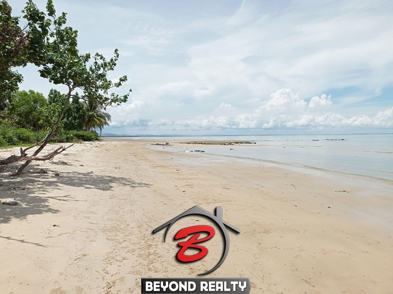 the beach of beachfront land for sale in Srae Ambel Koh Kong Cambodia