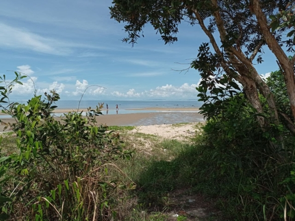 beachfront land for sale in Srae Ambel Koh Kong Cambodia (6)