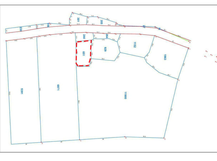 the layout of the 651 sqm plot